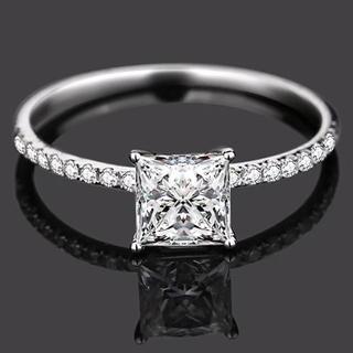 【newデザイン 】輝くプリンセスカット モアサナイト  ダイヤモンド リング(リング(指輪))
