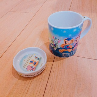 ダッフィー(ダッフィー)の【未使用】ダッフィー マグカップ  15周年(グラス/カップ)