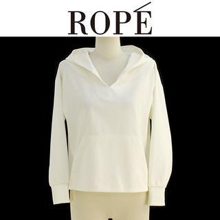 ロペ(ROPE)の新品未使用(M)ロペ ROPE (白)パーカー GUM79500(パーカー)