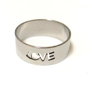同時購入で300円 ステンレス指輪 LOVE(リング(指輪))