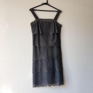 ワコール(Wacoal)のワコールディア シルバーラメ×グレー ドレス フリーサイズ ほぼ未使用(ひざ丈ワンピース)