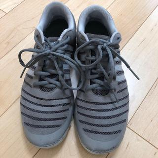 アディダス(adidas)のトレーニングシューズ(その他)