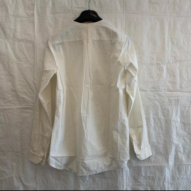 Paul Harnden(ポールハーデン)の新品未使用 Araki Yuu ノーカラーシャツ ホワイト サイズ0 メンズのトップス(シャツ)の商品写真