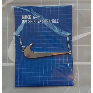 ナイキ(NIKE)のナイキ スクランブルスクエア 限定 ネックレス シルバー(ノベルティグッズ)