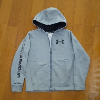 UNDER ARMOUR - UNDER ARMOUR キッズ パーカー 150