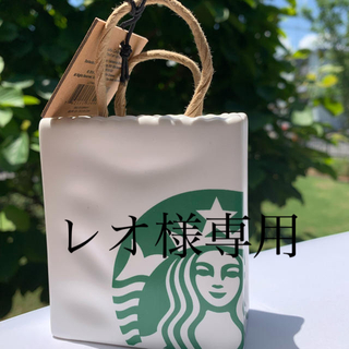 スターバックスコーヒー(Starbucks Coffee)の北米限定 スタバギフトカード入れ(日用品/生活雑貨)