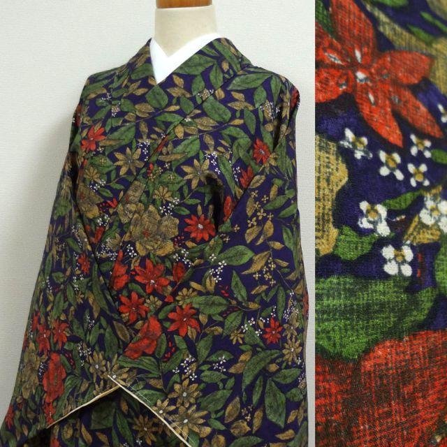 紺桔梗色に花の地紋と草花 小紋 レディースの水着/浴衣(着物)の商品写真