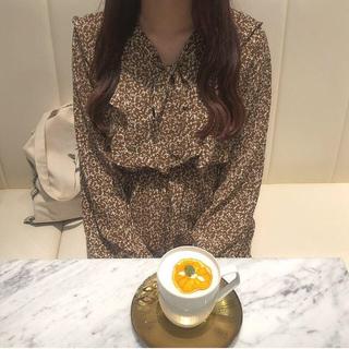 花柄ワンピース 長袖