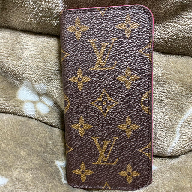 LOUIS VUITTON - ルイヴィトンiPhoneカバーの通販