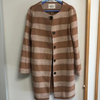 ストロベリーフィールズ(STRAWBERRY-FIELDS)のキャメル色コート(ロングコート)