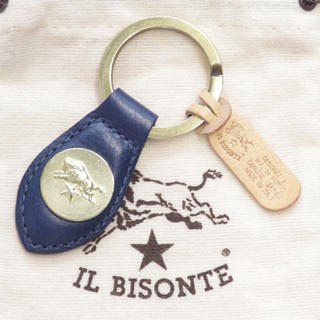 IL BISONTE - 新品 イルビゾンテ キーホルダー レザー キーリング コンチョ フック ネイビー