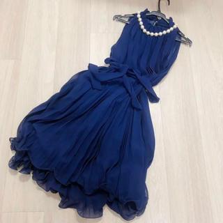 デビュードフィオレ(Debut de Fiore)の結婚式ドレス(ミディアムドレス)