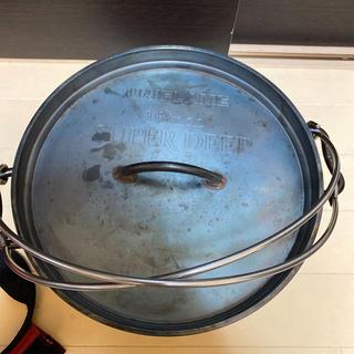ユニフレーム(UNIFLAME)のユニフレーム  ダッチオーブン スーパーディープ 10インチ キャリングケース付(調理器具)