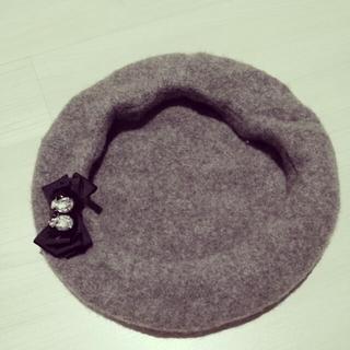 アースミュージックアンドエコロジー(earth music & ecology)のリボンコサージュ付ベレー帽◎(ハンチング/ベレー帽)