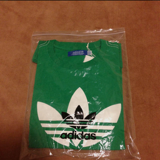 アディダス(adidas)のadidasTシャツ(Tシャツ(半袖/袖なし))