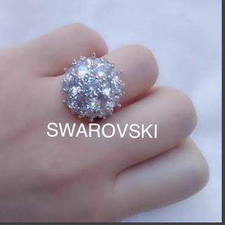 スワロフスキー(SWAROVSKI)の半円球で可愛い❤️スワロフスキーびっしり 虹色ファイヤー多発 ヴィンテージリング(リング(指輪))