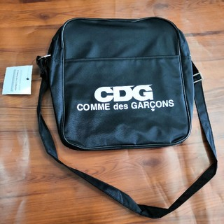 コムデギャルソン(COMME des GARCONS)の人気品コムデギャルソン ショルダー バッグ  男女共用(ショルダーバッグ)