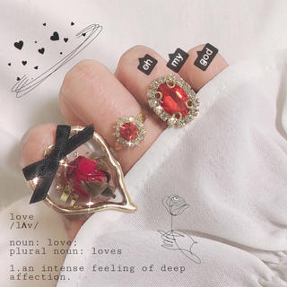 まるごと蕾とリボンのリング 指輪 ハンドメイド