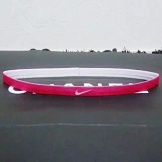 ナイキ(NIKE)のNIKE LABナイキラボピンク&SWOOSHホワイトエンブレムヘアバンド新品(トレーニング用品)