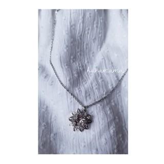 お花のネックレス(ネックレス)