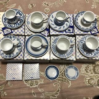 フェリシモ(FELISSIMO)のフェリシモのデミタスカップ 8客とナッツプレート2皿(食器)