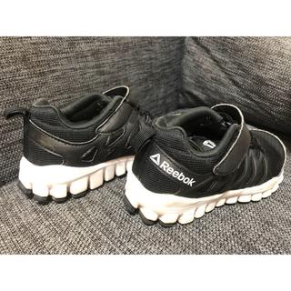 リーボック(Reebok)のreebok shoes kids (スニーカー)