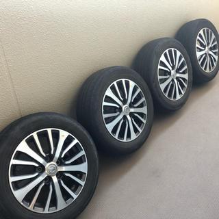 セレナ(SERENA)の日産セレナC27ハイウェイスタータイヤ付純正ホイール4本組 16インチ(タイヤ・ホイールセット)