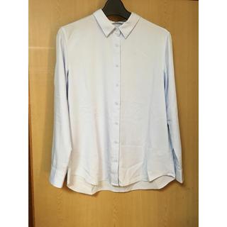 ユニクロ(UNIQLO)のユニクロ  アイスブルー シャツ(シャツ/ブラウス(長袖/七分))