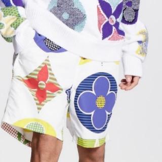 ルイヴィトン(LOUIS VUITTON)のLouis Vuitton モノグラムショートパンツ!!激レア!!(ショートパンツ)