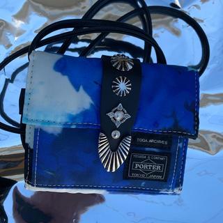トーガ(TOGA)のTOGA PORTER SHOULDER WALLET ブルー 青 財布 (折り財布)