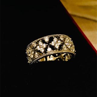 ハリーウィンストン(HARRY WINSTON)のクラシカルフラワーリング☆高品質人工ダイヤモンドヴァンクリーフハリーウィンストン(リング(指輪))
