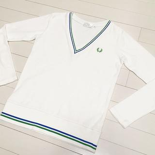 FRED PERRY - FRED PERRY Vネック 長袖カットソー ☆早い者勝ち