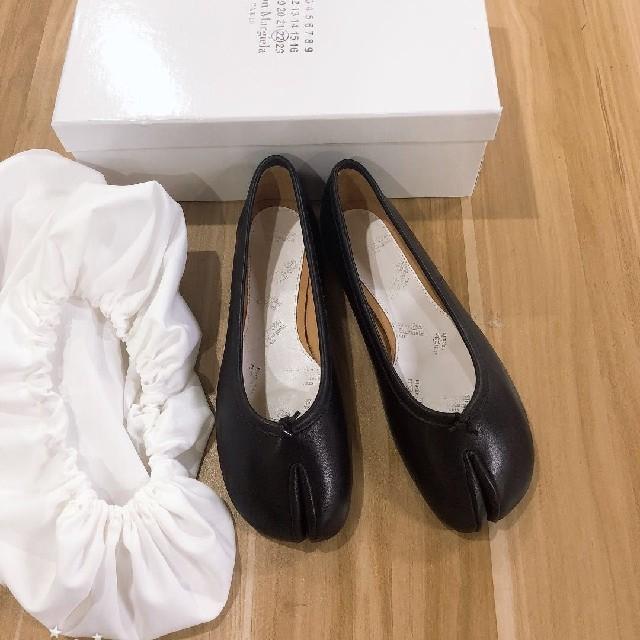Maison Martin Margiela(マルタンマルジェラ)のメゾンマルジェラ 足袋 パンプス バレエシューズ レディースの靴/シューズ(ローファー/革靴)の商品写真