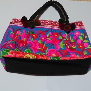 チチカカ(titicaca)のモン族のトートバッグ(トートバッグ)