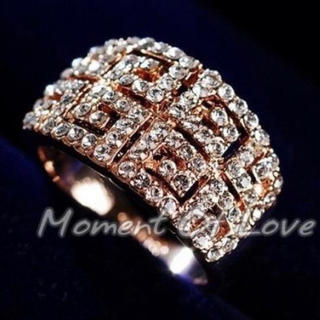 【SWAROVSKI】『エデンの祝福』指輪 豪華 クリスタルリング(リング(指輪))