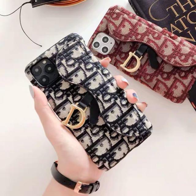 iphone8 ケース 安い 、 Christian Dior - iPhone11 ケース 黒の通販