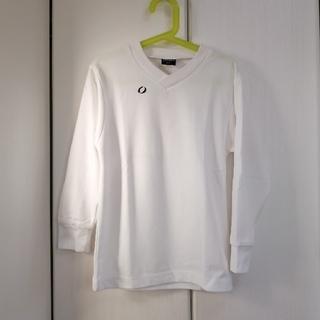 イグニス(IGNIS)のVネック白シャツ130(Tシャツ/カットソー)