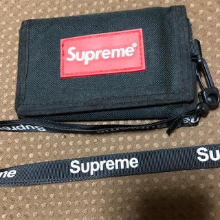 シュプリーム(Supreme)のsupreme 財布 ブラック 三つ折り財布(折り財布)