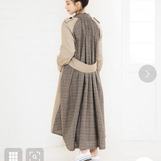 コウベレタス(神戸レタス)のバックデザイントレンチコート(トレンチコート)
