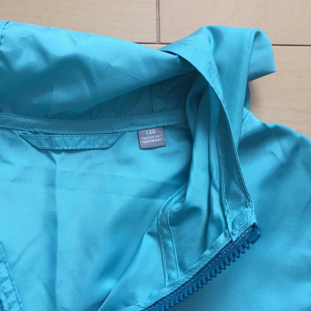 UNIQLO(ユニクロ)のウインドブレーカー 120 キッズ/ベビー/マタニティのキッズ服女の子用(90cm~)(ジャケット/上着)の商品写真