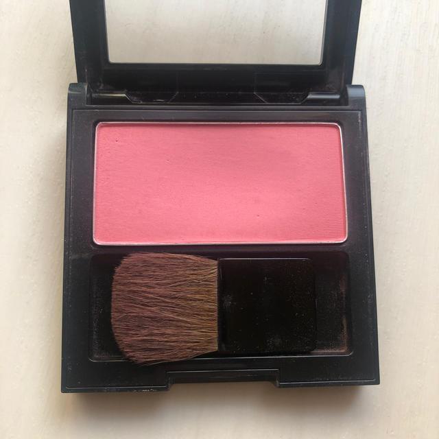 REVLON(レブロン)のレブロン マットパウダー ブラッシュ105 コスメ/美容のベースメイク/化粧品(チーク)の商品写真