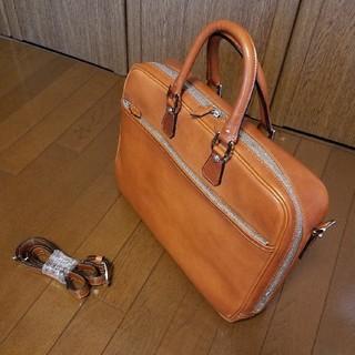 ガンゾ(GANZO)の《ほぼ未使用》万双 双鞣和地 シングルブリーフケース キャメル(ビジネスバッグ)
