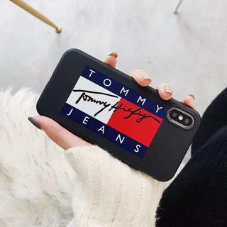 トミーヒルフィガー(TOMMY HILFIGER)のiPhoneケース スマホケース スマートフォンケース スマホカバー ブラック(iPhoneケース)
