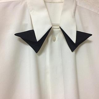 イッセイミヤケ(ISSEY MIYAKE)のオムプリッセ イッセイミヤケ  蝶ネクタイ ワイシャツ (シャツ)