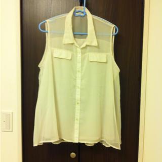 ジーユー(GU)のg.uシャツXL(シャツ/ブラウス(半袖/袖なし))
