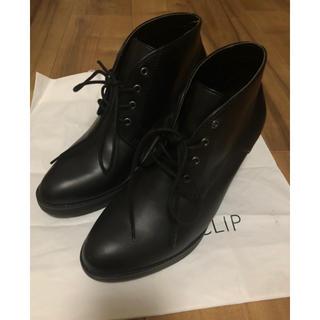 ユニクロ(UNIQLO)の黒ブーツ(ブーツ)