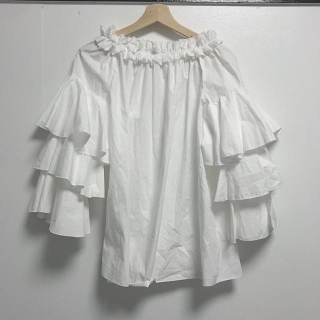 Nina mew(ニーナミュウ)のライフインニーナ フリルブラウス レディースのトップス(シャツ/ブラウス(長袖/七分))の商品写真