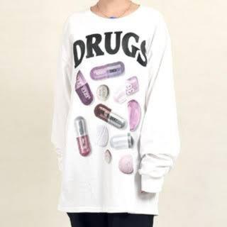 ミルクボーイ(MILKBOY)のMILKBOY drug ロングTシャツ(Tシャツ/カットソー(七分/長袖))