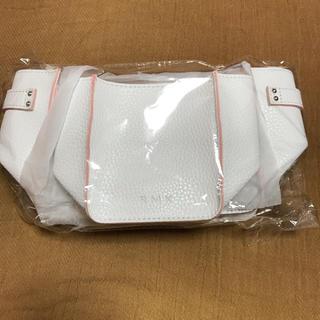 アールエムケー(RMK)の専用   RMK オリジナル コスメストッカー    ノベルティ新品未使用(メイクボックス)