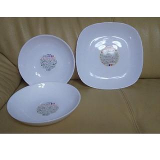 ヤマザキセイパン(山崎製パン)の白いお皿 1枚200円(送料別) Yamazaki 2種類バラ(食器)
